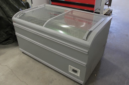 AHT Paris 145-U chest freezer